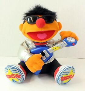 2000 Sesame Street Rock & Roll Ernie, Plays Guitar & Sings, Works Great