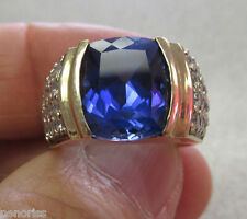 Clear Stone Ring size 7 Gorgeous! Unisex 10K Synthetic Blue Sapphire &