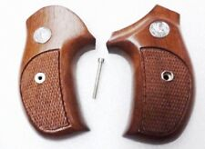 Sile Walnut J Combat Grips fitted for Rossi R352 R461 R462 Revolvers 711R