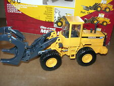 Volvo BM L70c Compact Grapple Loader 1 50 Model JOAL