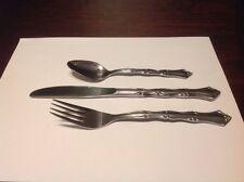 Oneida Northland Colonial Mood Dinner Knife, Dinner Fork And Teaspoon Lot