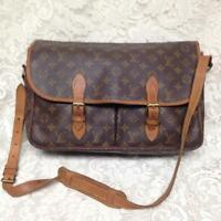 Louis Vuitton Brown Mono Sac Gibeciere Busines-Shoulder Bag 15in x 11in x4in (B)