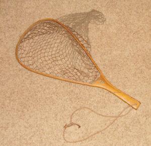 Old Vintage ED CUMINGS Wood Trout Fishing Net - Flint Michigan