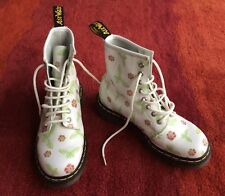 Ladies Dr Marten White Butterfly Leather Boots 8175 New Without Box Size 5/38