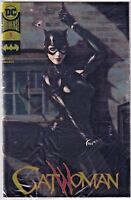 CATWOMAN#1 NM 2018 GOLD FOIL EXCLUSIVE POLYBAGGED DC COMICS