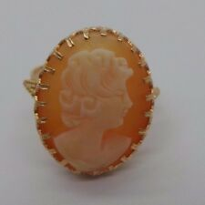 STUNNING 18K YG LADIES CAMEO RING SZ 7.5  A1098-1  4.31grams