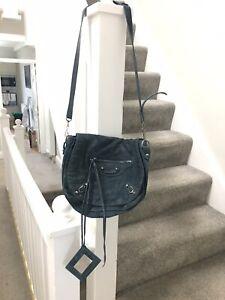 💯 Auth Balenciaga Suede Folk Messenger Bag Blue-green Colour