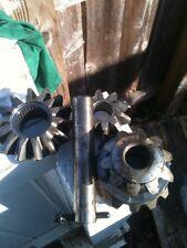 Ford 7.5 rear end 28 spline spider gear open end
