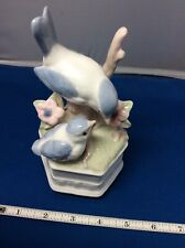 Vintage Porcelain Mother Bird And Baby Bird Music Box