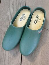 Town & Country ladies green gardening clogs (Cloggies) Size 7