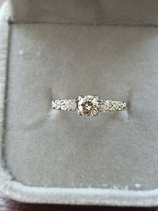 White Gold 14k Trilogy Diamond Ring size K