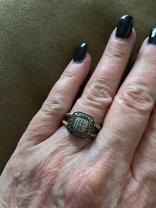 Womens sterling David Yurman ring- Very gently worn - size 5
