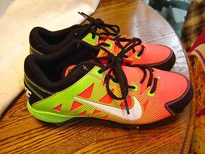 Nike Hyperdiamond Baseball / Softball Cleats Size 8.5