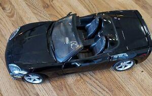 Maisto 2005 Black Chevrolet Corvette C6 Convertible 1/18 diecast car