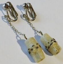 boucles d'oreilles clips vintage pendante couleur argent déco rond relief 2210