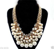 Handgefertigte Modeschmuck-Halsketten & -Anhänger für Damen mit Messing