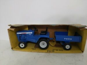 Ertl Ford LGT 12 Lawn and Garden Tractor Set w Trailer 1/12 70's