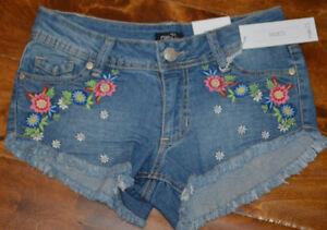 Women's Rue 21 Flower Cutoff Denim Shorties Shorts 0,1/2,5/6, 9/10, 13/14, 15/16