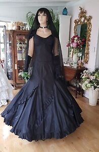 Vintage Steampunk Halloween Wedding , Black Silk Taffeta Bride two pieces  sz 12