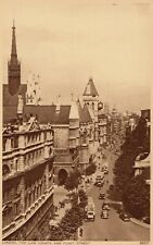 Postcard - London - The Law Courts and Fleet Street