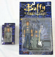 Moore Creations Buffy the Vampire Slayer Series 2 Oz Action Figure + Mini Bust