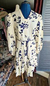 Vintage 1980s Silk Dress, Floral, Ivory, Navy, Size 10.