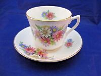VINTAGE FINE BONE CHINA TEA CUP AND SAUCER BY CROWNFORD - MADE IN ENGLAND