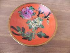 assiette en porcelaine monture laiton, suspension asiatique chinoise coupelle