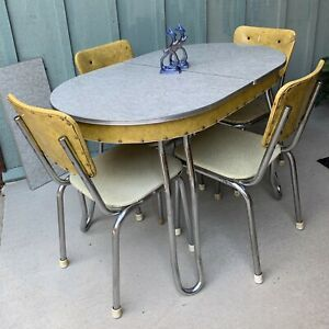 ATOMIC! Vintage 50's CHROME & YELLOW Vinyl KITCHEN Dining TABLE & CHAIRS Set