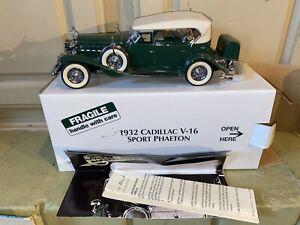 1932 Cadillac V16 Sport Phaeton Die Cast Model 1:24 Scale Danbury Mint