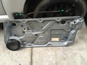 VW BEETLE HATCHBACK DRIVERS FRONT WINDOW REGULATOR