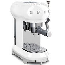 SMEG ECF01WHEU Espresso-Kaffeemaschine mit Siebträger 50`s Retro Style Weiß