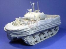 Resicast 1/35 Sherman V M4A4 Duplex Drive w/Lowered Screen Swimming Tank 351260