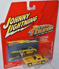 Chevy Thunder - 1963 CHEVY CORVETTE #37 yellow/graphics - 1:64 Johnny Lightning