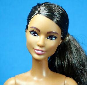 Barbie  Made to Move Flex Feet  Articulate Pony Tail Dark Brunette Nude