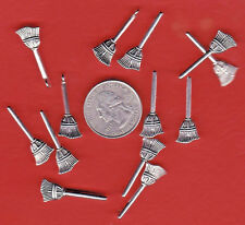 15pcs Snowman and Broom Charms Winter Charms Antique Silver Tone 27x16mm 1542