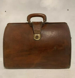 CHENEY BRAND Vintage Brown Leather Doctor Bag