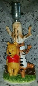 RARE COLLECTIBLE Vintage Walt Disney Productions WINNIE THE POOH & TIGGER Lamp