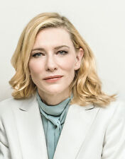 Cate Blanchett UNSIGNED photo - E728 - Australian actress and theatre director
