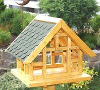 XL Fachwerk Vogelhaus in Eiche hell mit grünen Schindeldach 006