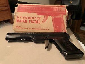 Number 41 Wyandotte Toy Water Pistol