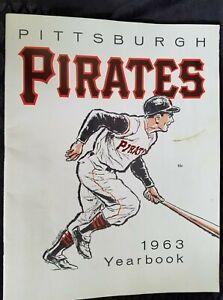 1963 Pittsburgh Pirates Yearbook Willie Stargell Rookie Year Clemente Mazeroski