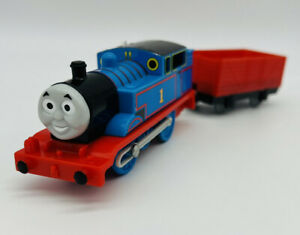 #1 Thomas the Tank & Red Wagon Trackmaster Friends Motorized Train Engine 2009