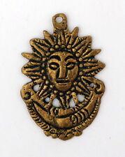 Pendentif soleil lune Inca Aztèque cérémoniel en bronze artisanat Pérou