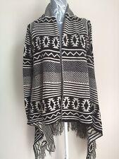 Internationale Womens Cardigan Size 10-12 Ivory Black Geometric Pattern Long