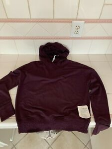 Lululemon lead the pack pullover hoodie size 6 NEW!