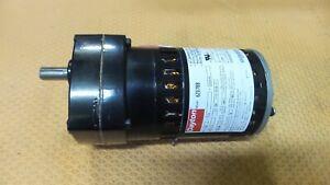 Dayton 6Z078 AC Gearmotor 32 RPM Gear Motor 115V Parallel 49:1 Ratio 1/20 HP NEW