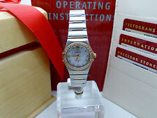 OMEGA Brushed Solid Gold Case Wristwatches