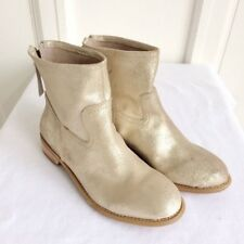 Chelsea style gold boots size 9 from The Gap brand, Size EUR 40