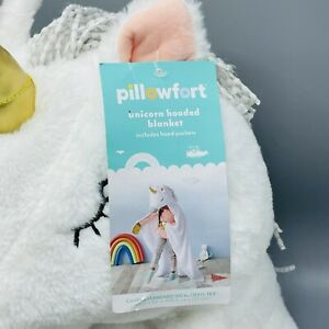 Pillowfort White Unicorn Hooded Blanket New With Tag 40 by 50 inches Pockets